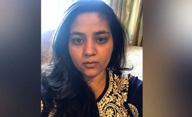 Keşmir'in eski Başbakanı Mehbuba Lutfi'nin kızı tecrit hayatından şikayet etti