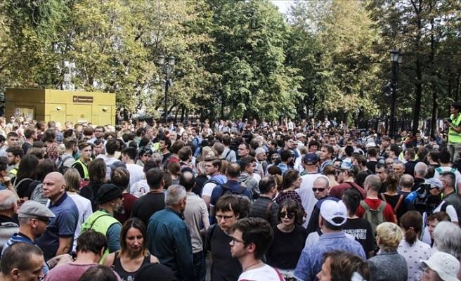 Rusya'da seçim protestoları devam ediyor