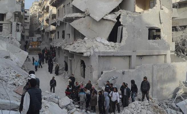 Rusya İdlib'e saldırmaya devam ediyor: 6 ölü, 12 yaralı