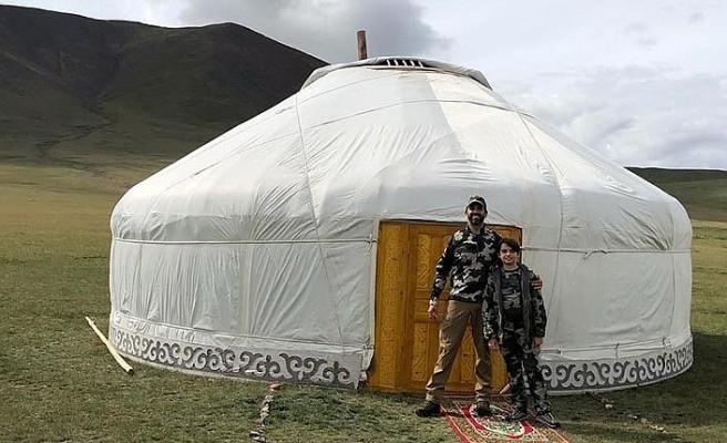 Trump'ın oğlu ve torunu Moğolistan'da