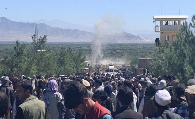 Afganistan'da büyük patlama! En az 30 ölü 95 yaralı