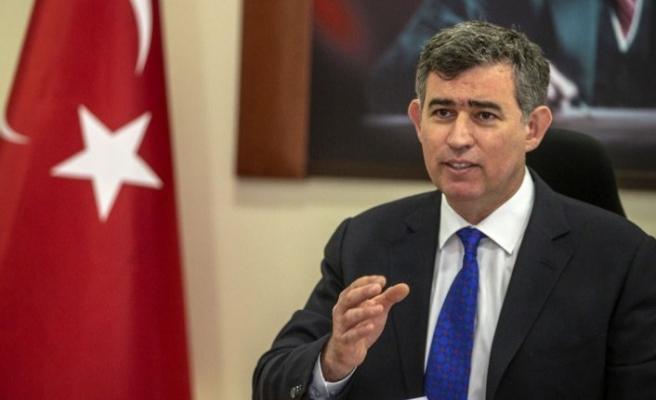 Ankara Barosu da Metin Feyzioğlu'nu protesto ederek seçim çağrısında bulundu