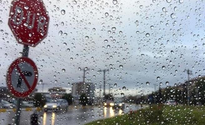 Beklenen uyarı geldi: Sıcaklıklar düşüyor, yağış kapıda