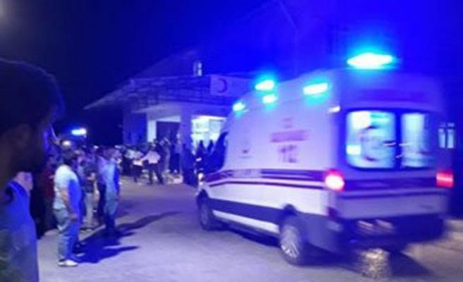 Diyarbakır'da sivilleri taşıyan araca terör saldırısı: 7 ölü, 10 yaralı