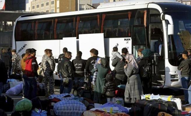 Esed rejimi Lübnan'ın gönderdiği Suriyelileri alıkoydu