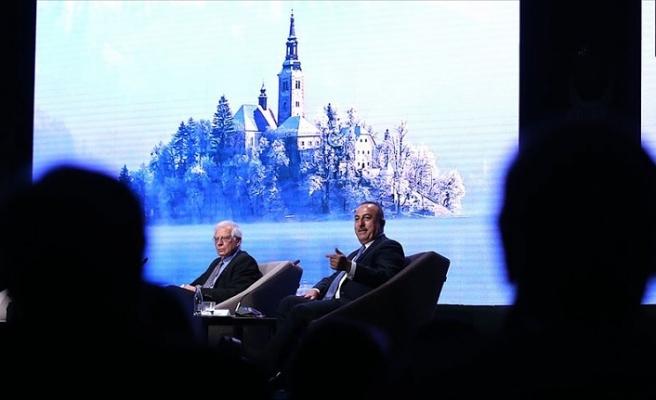 Dışişleri Bakanı Çavuşoğlu: Göçmen krizi sadece Türkiye'nin meselesi değil