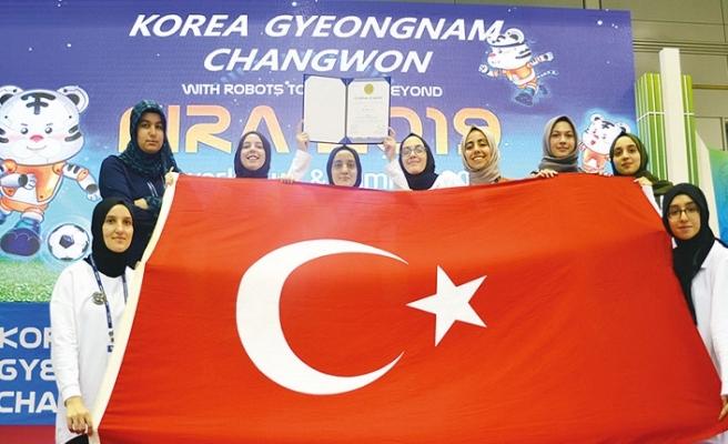Güngören İTO Kız Anadolu İmam Hatip Lisesi Güney Kore'de göğsümüzü kabarttı