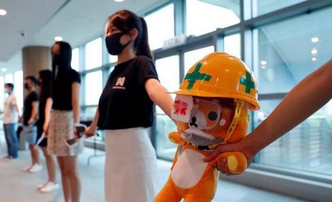 Hong Kong protestocuları: Durmak yok yola devam