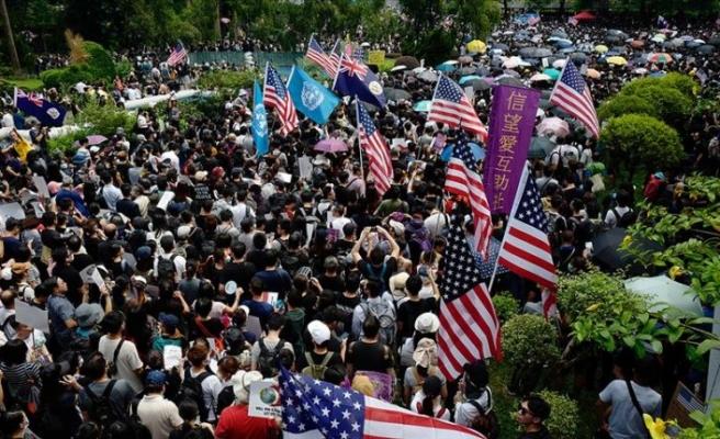 İade tasarısı geri çekildi ama Hong Kong'da protestolar devam ediyor