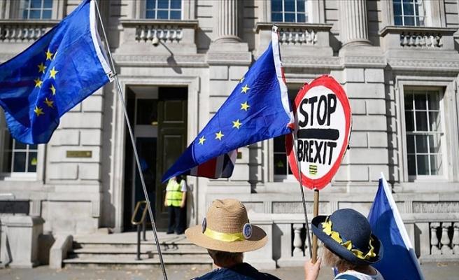 İngiltere'de Bakanlar Kurulu acil toplandı