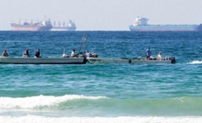 İran Hürmüz Boğazı'nda akaryakıt taşıyan yabancı tekneye el koydu