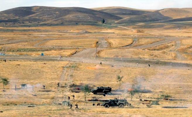 Kazakistan ve Özbekistan'dan teröre karşı ortak askeri tatbikat