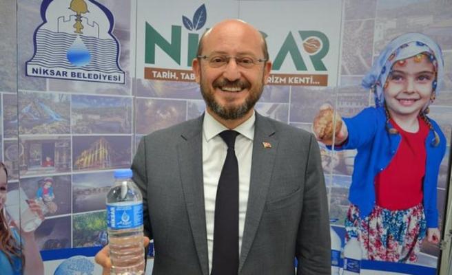 Libya'ya Niksar Ayvaz suyu ihraç edilmeye başlandı