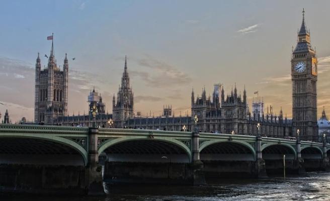 Lordlar'dan anlaşmasız Brexit'i önleyecek tasarıya onay