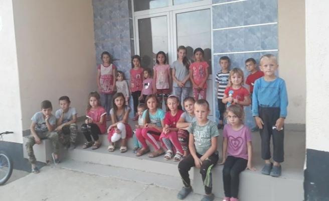 Makedonya'nın yoksul Türk köyündeki çocuklar okula gidemiyor