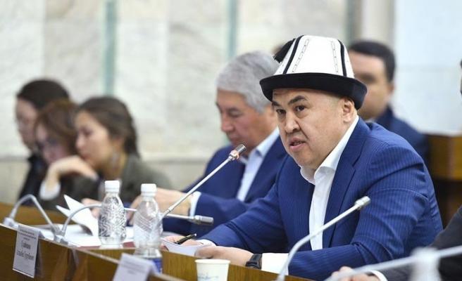 Kırgızistan Latin alfabesine geçmeyi tartışıyor