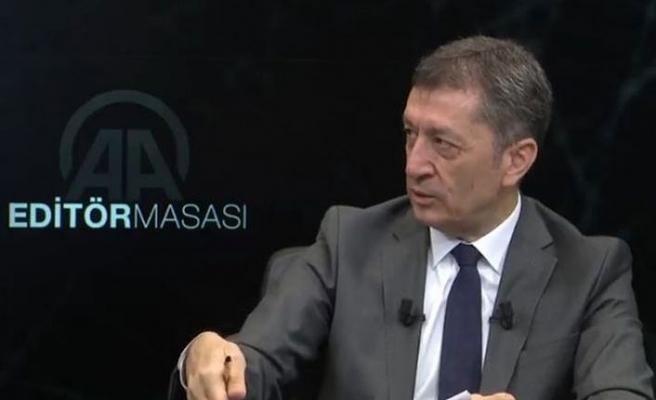 Milli Eğitim Bakanı Selçuk'tan velilere 'kayıt parası, zorunlu bağış' uyarısı