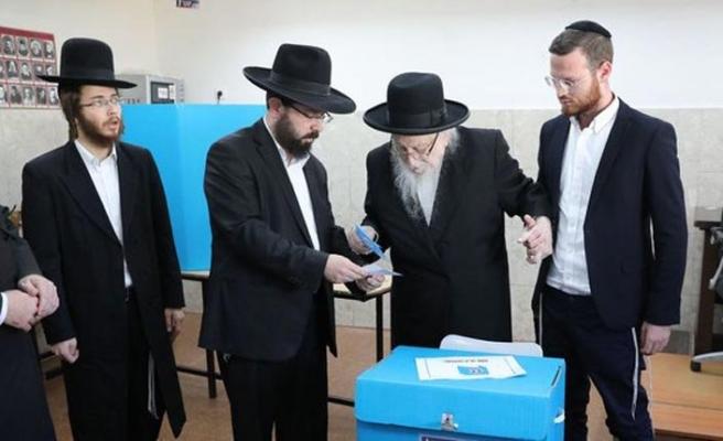 Netanyahu liderliğindeki sağ blok sınıfta kaldı, Filistinliler 12 milletvekili çıkardı