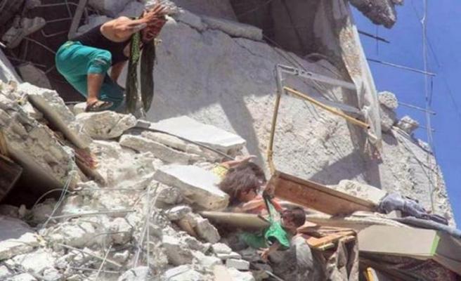 Rusya ve Esed'in eylemleri savaş suçları kapsamına girebilir