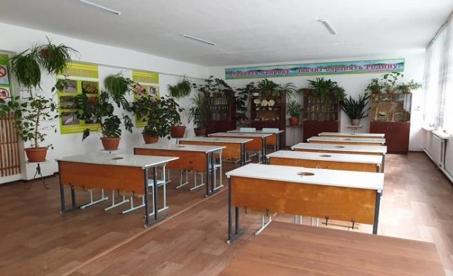Tacikistan'da bu yılın başından beri 21 okul inşa edildi