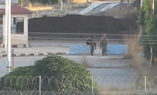 YPG/PKK Türkiye sınırında tüneller kazmaya devam ediyor