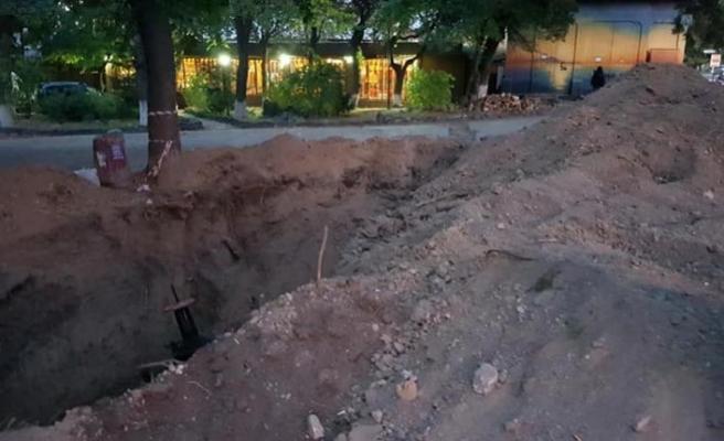 Kırım Müslüman mezarlığına kepçe ile girdiler