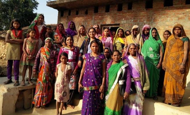1500 Dalit Hindu, Kast Sistemine isyan Etti Budist Oldu !