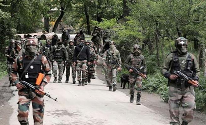 Keşmir'de 2 direnişçi öldü