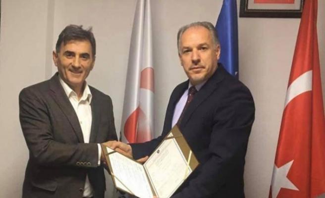 Kosova Demokratik Türk Partisi'nde devir teslim gerçekleştirildi