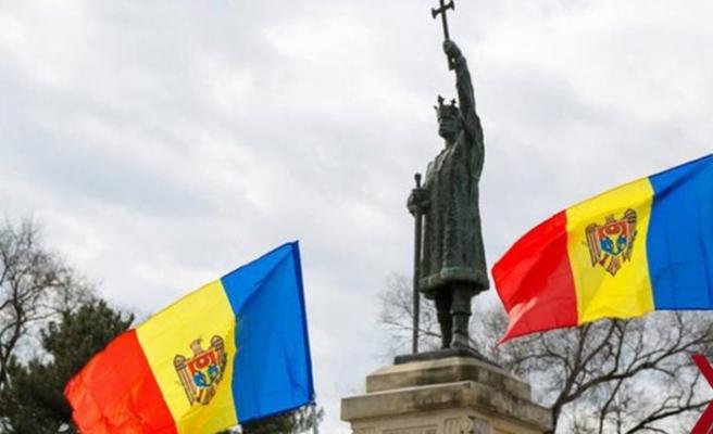 Moldova'da başsavcı kararı hükümeti düşürdü
