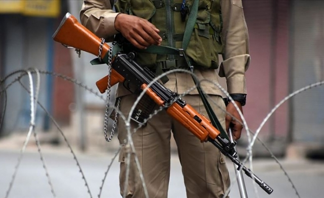 'Hindistan, Keşmir Kontrol Hattı'nda 3 bini aşkın ateşkes ihlali gerçekleştirdi'