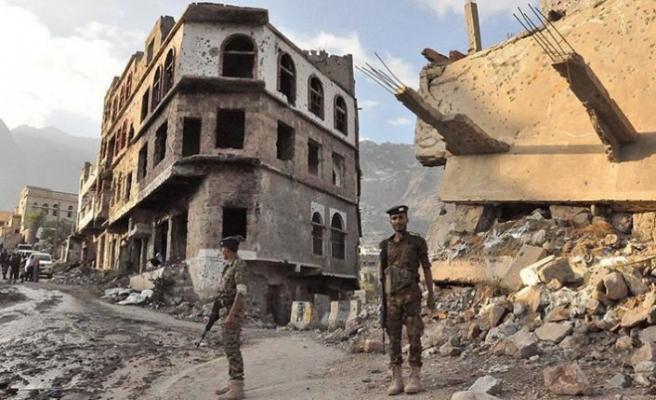 Yemen savaşı 393 bin kişiyi evinden etti