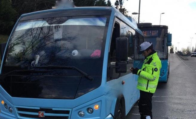 300 şehir içi toplu taşıma aracı trafikten men edildi