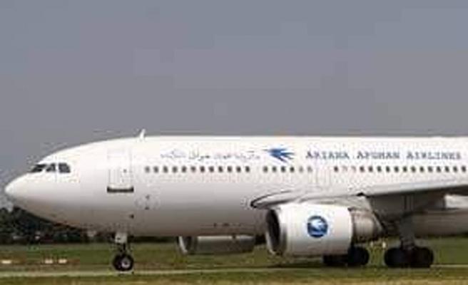 Afganistan'da yolcu uçağı düştü.. Taliban ve ABD'den farklı açıklamalar