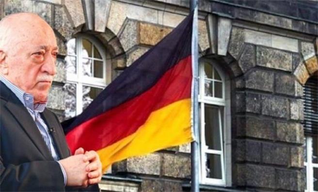 Alman hükümeti FETÖ konusunda cevap vermekten kaçınıyor