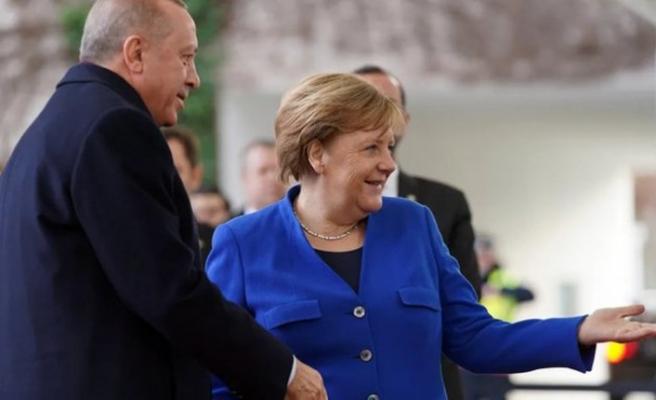 Almanya Başbakanı Angela Merkel şu an İstanbul'da