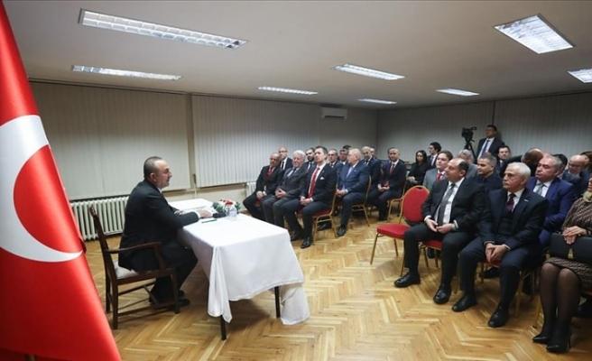 Bakan Çavuşoğlu Bulgaristan'da Türk iş insanlarıyla buluştu