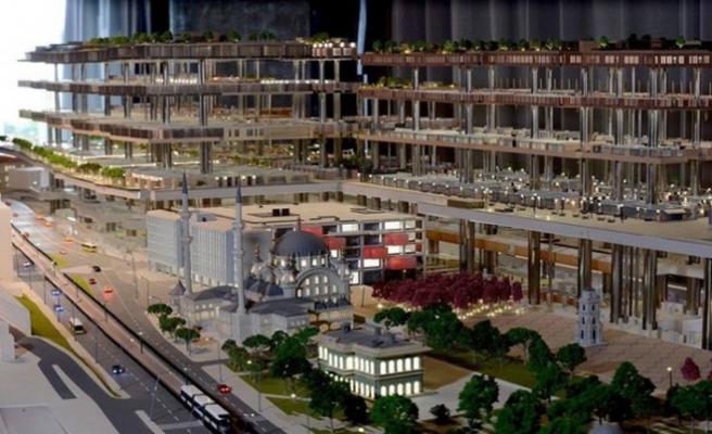 Ferit Şahenk'in Galataport'unda çalışan işçiler maaşlarını alamıyor