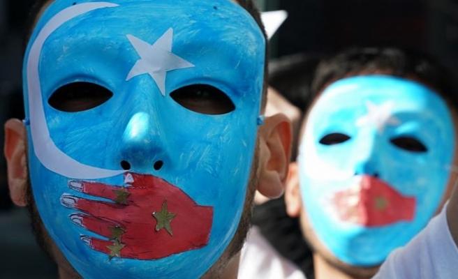 Le Monde: Zulüm altındaki Müslüman azınlıklara dünyanın 'ekonomik' sessizliği