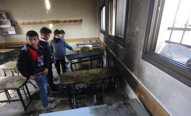 Yahudiler Filistin'da okul yaktı