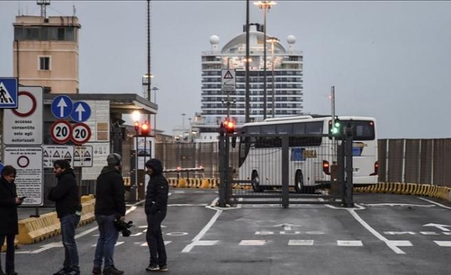 İtalya'da Kovid-19'dan ölenlerin sayısı 2'ye çıktı