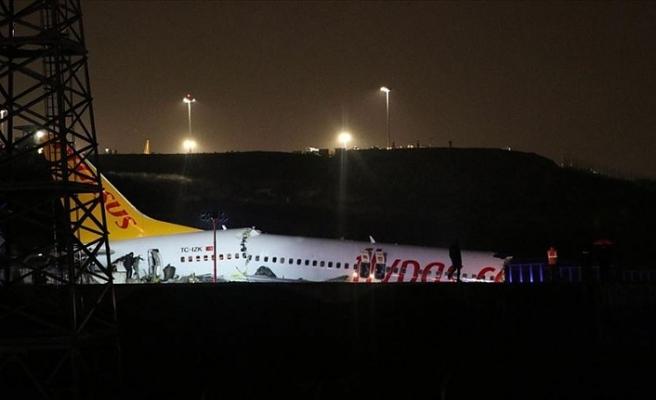 Sabiha Gökçen Havalimanında yolcu uçağı pistten çıktı