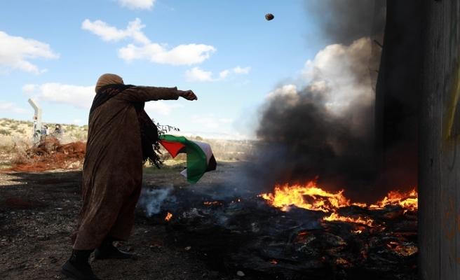 Şeria'nın batısı Sözde barış planını protesto etti