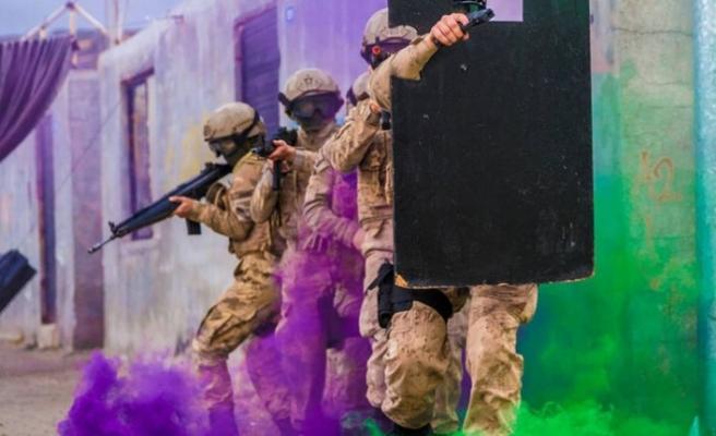 Suriye sınırındaki askeri birliklere komando takviyesi