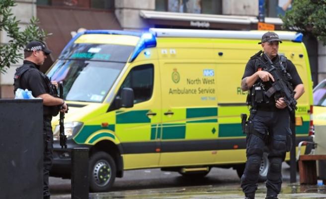 Tehdit oluşturan teröristlerin süresiz hapiste kalması önerisi