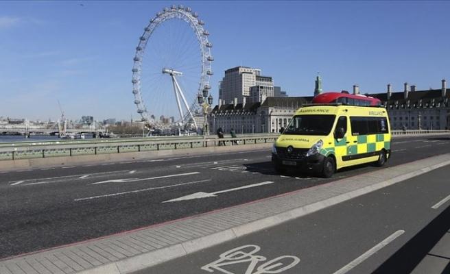 Londra'da bir fuar alanı 4 bin yataklı hastaneye çevriliyor