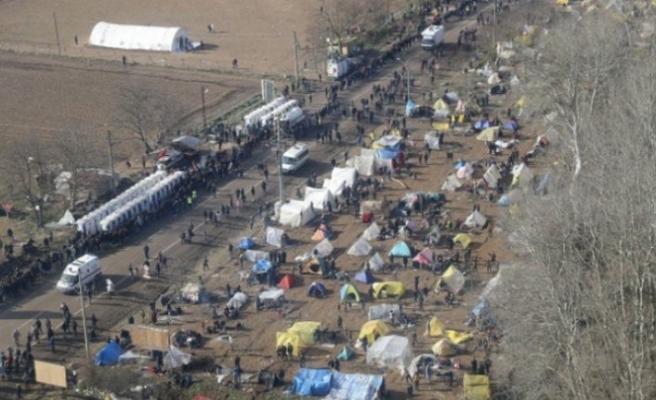 Özel harekatçılar, Yunan sınırında gece gündüz devriyesini sürdürüyor