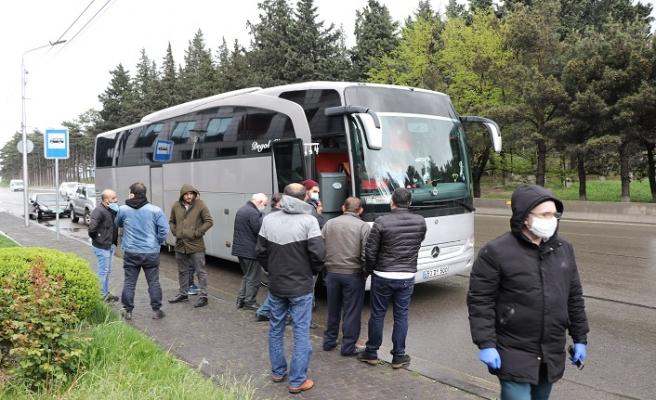 Gürcistan'daki 50 Türk vatandaşı özel izinle Türkiye'ye hareket etti