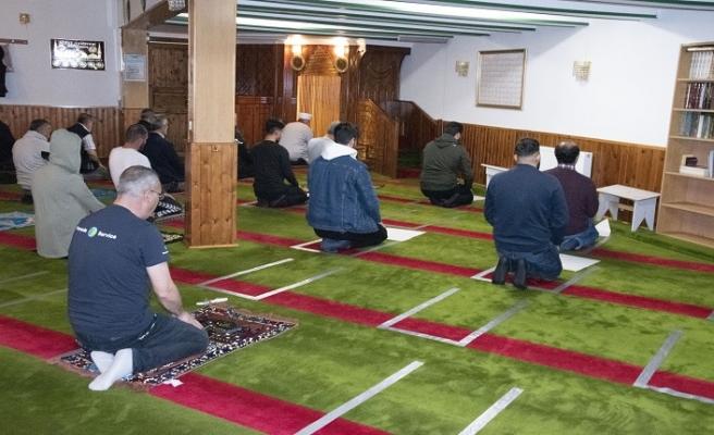 Danimarka Müslümanları camilerine kavuştu