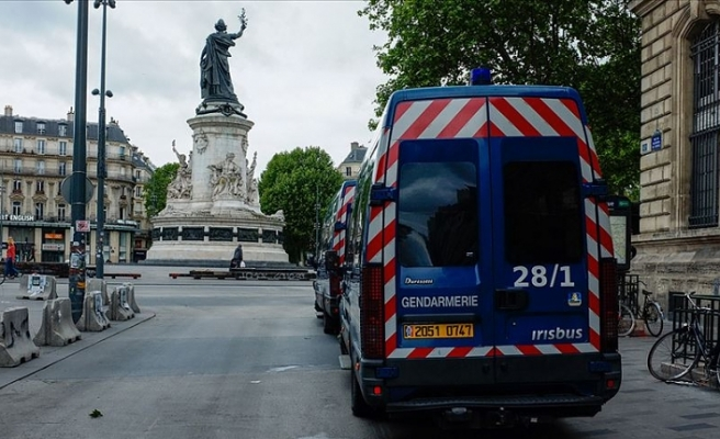 Fransa'da Kovid-19'dan ölenlerin sayısı 28 bin 530'a yükseldi